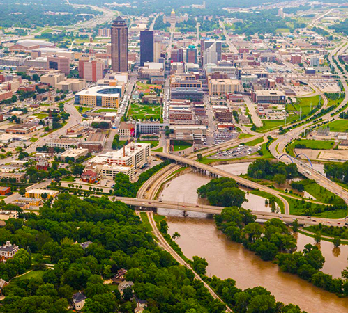 Des Moines surrounded in flood waters.